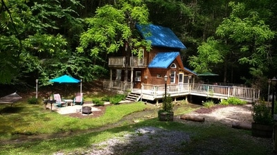 Stonecreek cabins secluded private rentals in gatlinburg for Stone creek cabins